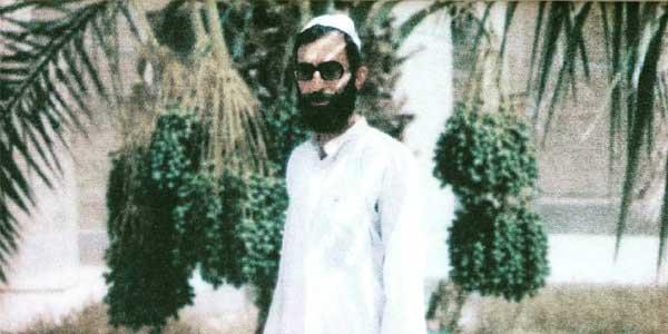 Photo of تصاویر بازیگران سیاستمداران و چهرهای شاخص مذهبی در لباس زیبای بلوچی