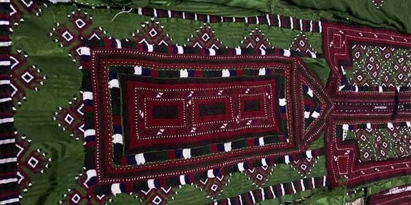 Photo of عکس های لباس زنان بلوچ دوخت بلوچی هنر دست بانوان خطه بلوچستان