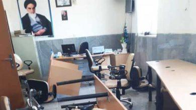 Photo of جزئیات حمله به بخشداری جازموریان زهکلوت به همراه عکس